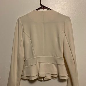Xs Lightly worn cream color blazer